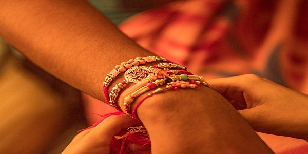 rakhi rakshabandhan india tradition festival
