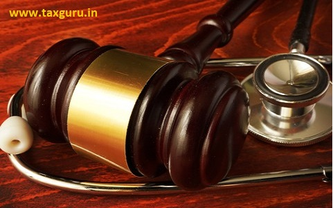 medical negligence- Stethoscope and judgement hammer