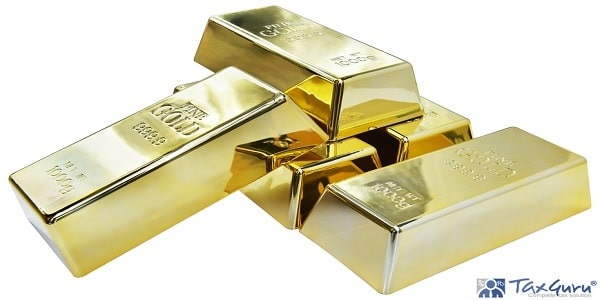 Five Fine Gold 999.9 Bars net weight 1000g isolated on background